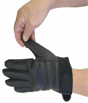 手袋の脱ぎ方1