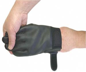 手袋の脱ぎ方3